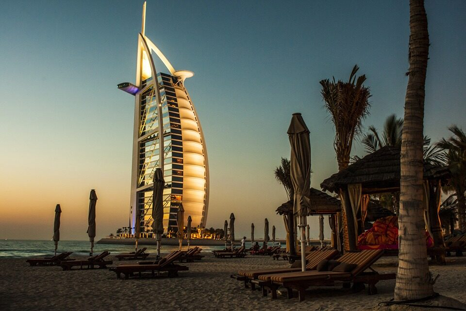 https://media.putovanjepomeri.com/2019/02/Dubai-slika-960x640.jpg